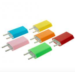 Univerzální 5V 1A EU Plug AC cestovní USB adaptér pro iPhone - barevné provedení